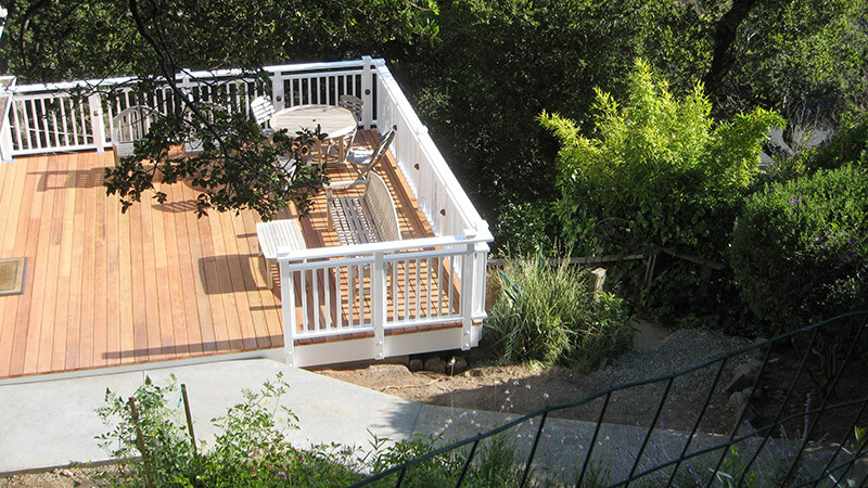 Deck with integrated post lighting, Mill Valley